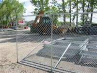 Chain link rental fence panels